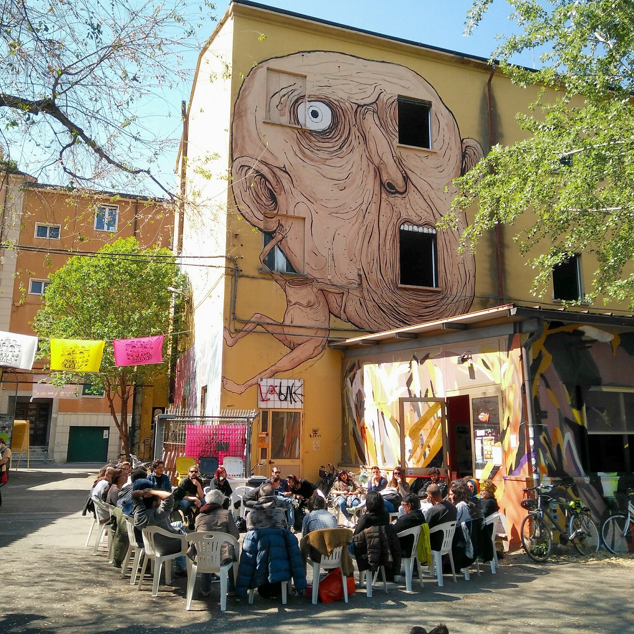 Bologna oggi è RESISTENTE in difesa di Labàs