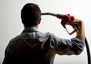 Nuovi distributori carburante: nessuno li vuole, dunque l'Amministrazione Comunale per chi li fa?