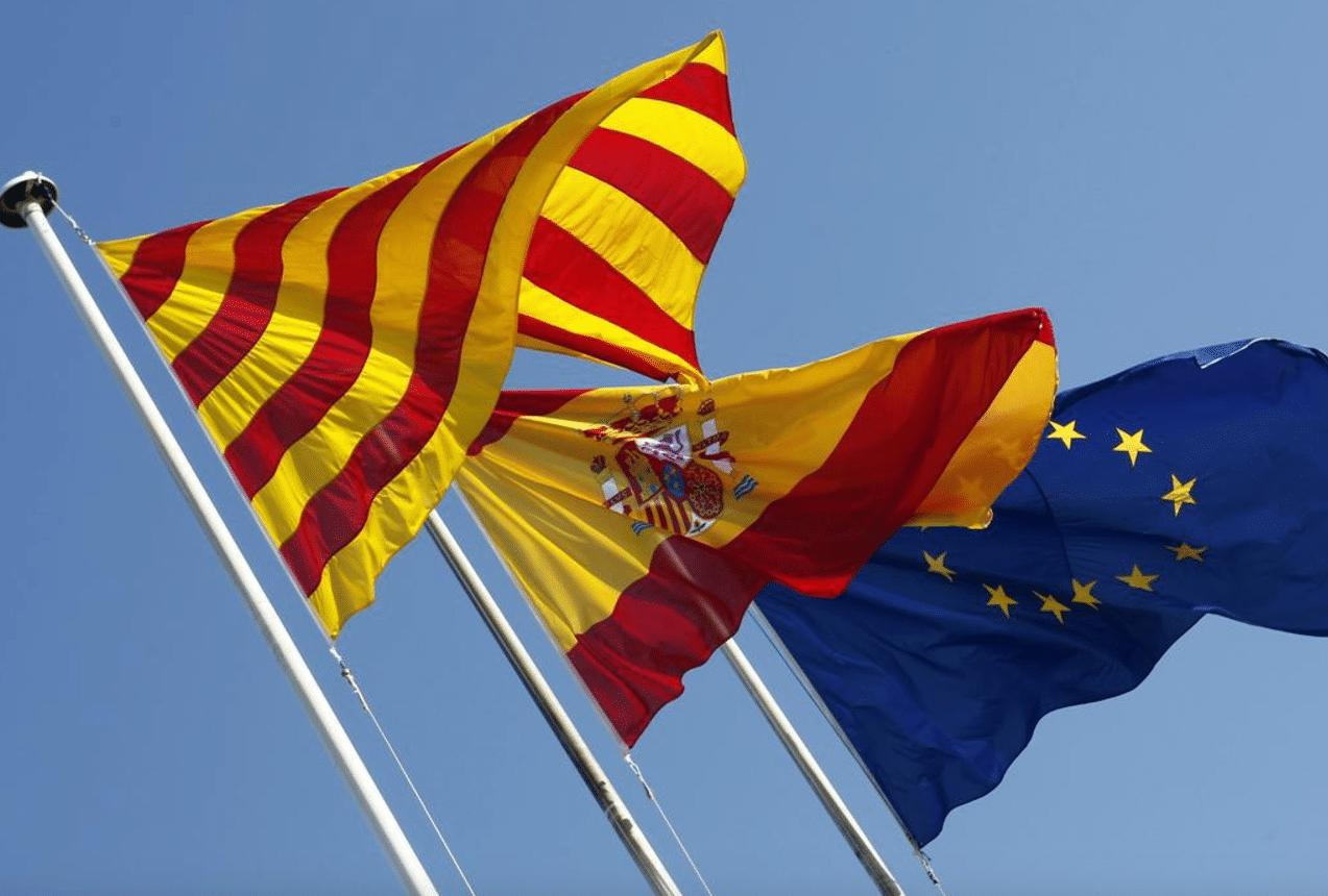 Ferma condanna alla violenza in Catalogna, nonostante il Consiglio Comunale abbia altre priorità.
