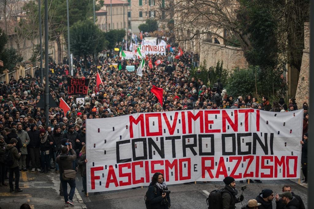 Antifascismo: dopo Macerata, non un passo indietro