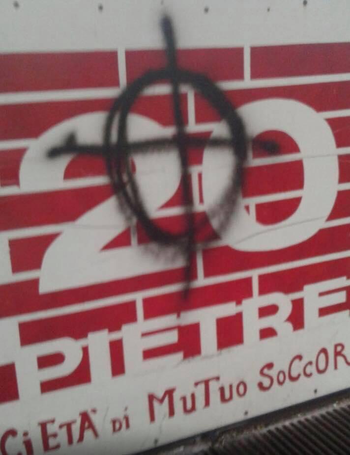 Solidarietà a Venti Pietre contro l'intimidazione fascista