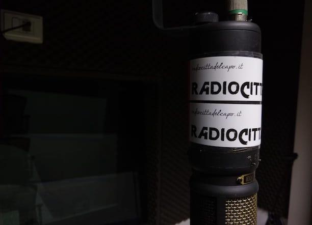 Solidali con le giornaliste e i giornalisti di Radio Città del Capo